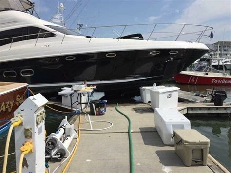 boat crash nj man crashes boat into cape may dock dies after suffering
