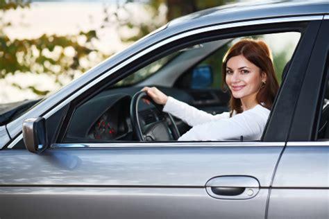 donne al volante sexi donne e uomini al volante chi 232 il pericolo costante