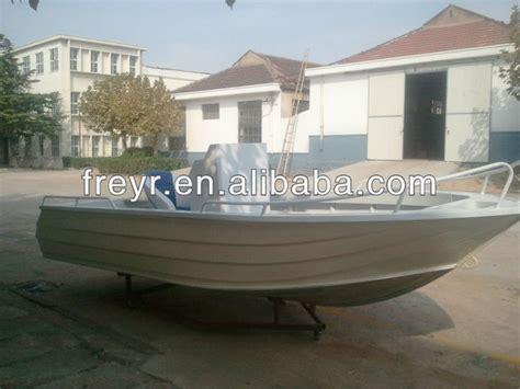 pontoon vs flat bottom boat 25 b 228 sta aluminum flat bottom boats id 233 erna p 229 pinterest