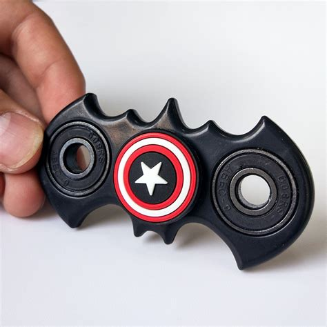 batman with captain america fidget spinner comicstoy