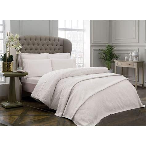 Schlafzimmer 200x220 Schlafzimmer Tac Caroline Ekru Decke Bettw 228 Sche Set