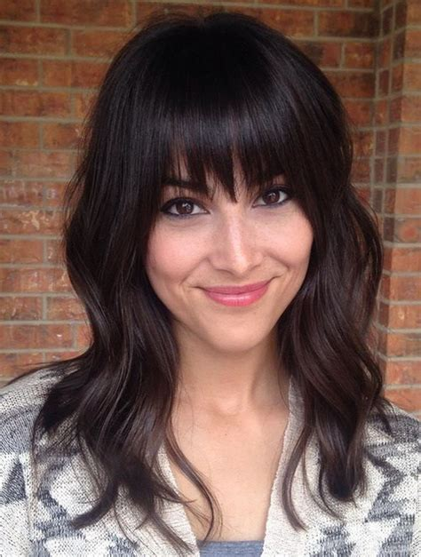 hairstyle ideas with a fringe awesome full fringe hairstyle ideas for medium hair 22