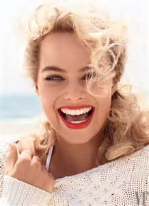 Vanity Club Gold Coast Margot Robbie Australia S Newest Movie Goddess Vanity Fair