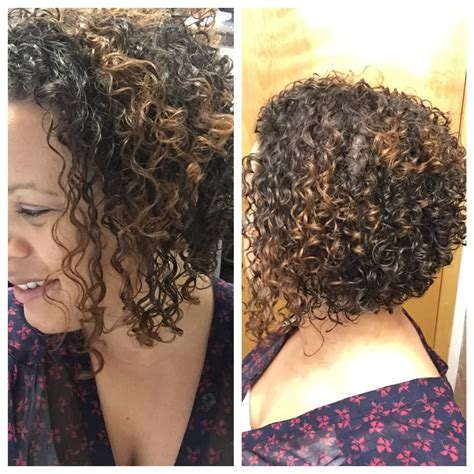 angled bob for curly hair curly hair angled bob haircut by curlymamakc