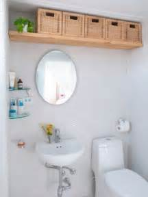Creative Storage Solutions For Small Bathrooms 25 Best Ideas About Creative Storage On Shelves Modern And Home Storage Solutions