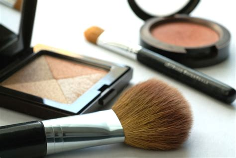 Try Before You Buy Part Iii Foundation Conceal by 10 Toxins Found In Common Cosmetics