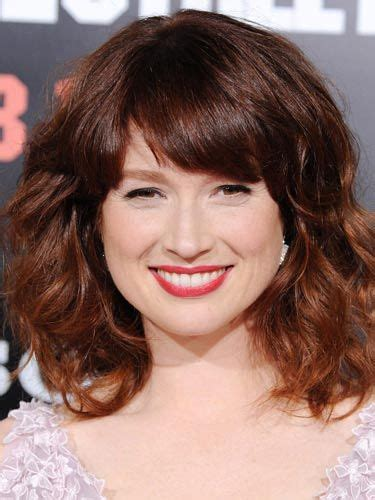 ellie kemper hair color in a box transitioning your hair from red to brunette hairstyles