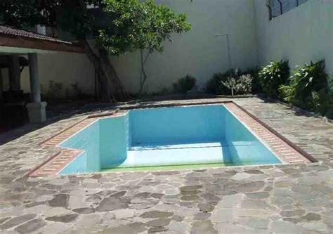gambar konstruksi kolam renang rumah eksterior rumah