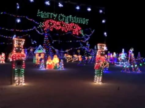 tell us where are the best christmas light displays patch
