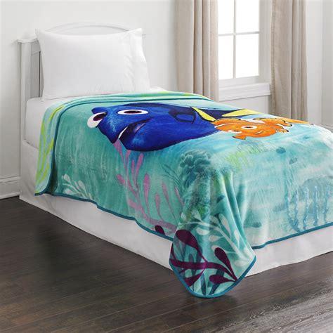 disney fleece blanket finding dory