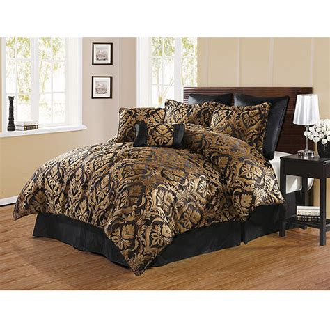 Gold And Black Bedding by Black And Gold Bedding Sets For Adding Luxurious Bedroom