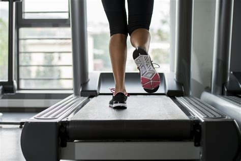 how to your to run on a treadmill treadmill workouts for the beginner to advanced popsugar fitness