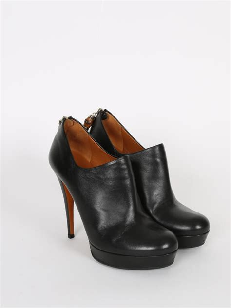 gucci bamboo tassel black leather ankle boots 38