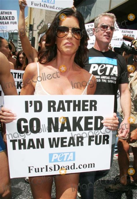 Janice Dickinsons Models Id Rather Go Than Wear Fur by Photos And Pictures Janice Dickinson Leads The Quot I D