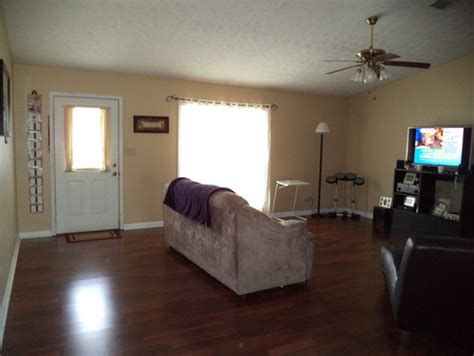 help decorate my living room need help with decorating my living room