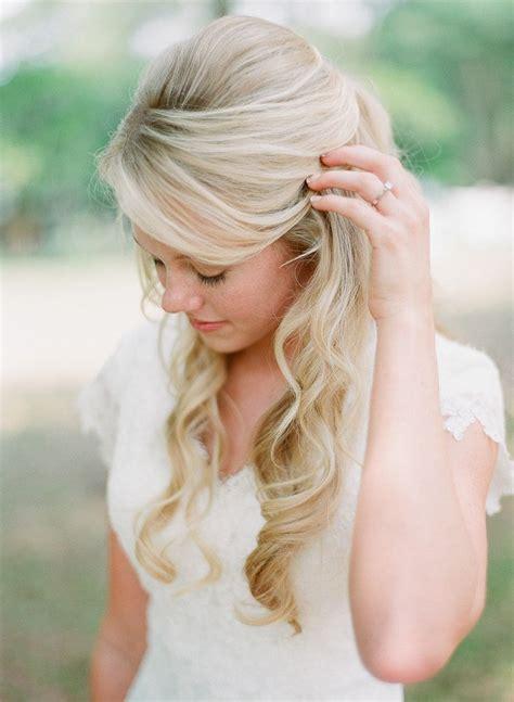 16 overwhelming half up half wedding hairstyles pretty designs
