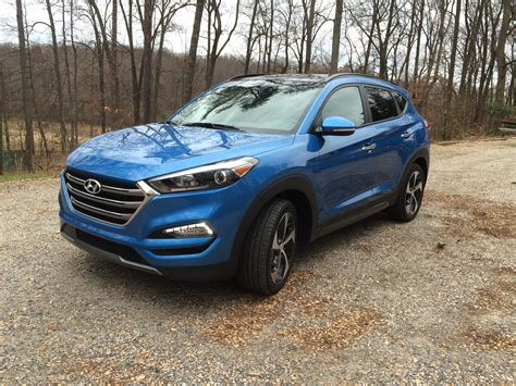 hyundai crossover 2016 hyundai upgrades compact tucson limited crossover for 2016