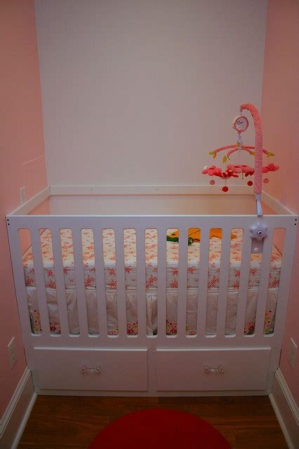 Crib In Closet by Best 25 Crib In Closet Ideas On Organize Baby