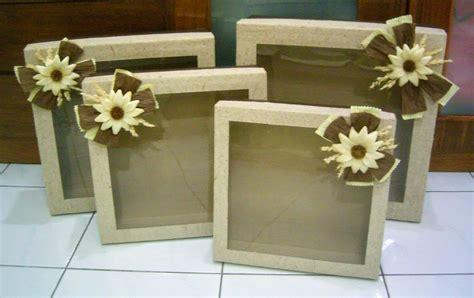 membuat bahan kerajinan dari kardus 8 cara membuat kerajinan tangan dari kardus bekas mudah