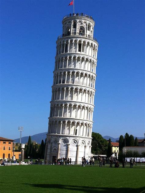 donde esta pisa torre de pisa 191 por qu 233 no se cae esta torre inclinada