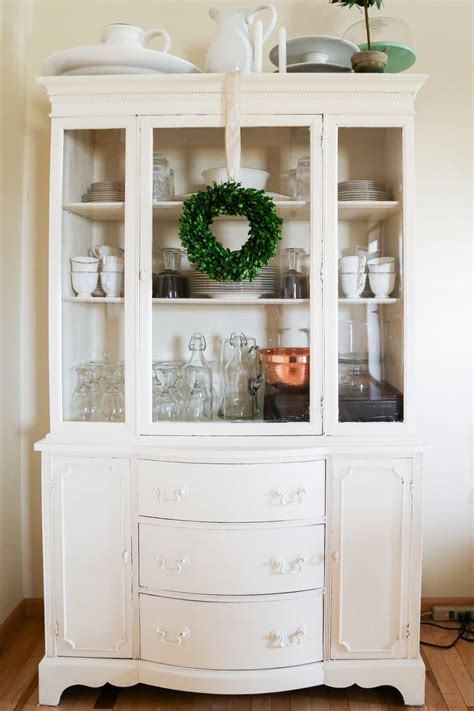 chalk painted china best 25 dining hutch ideas on pinterest hutch makeover
