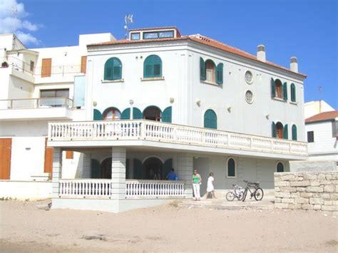 marinella sicilia casa di montalbano b b la casa di montalbano punta secca sicily province