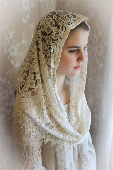 infinity mantilla evintage veils our ivory venise lace infinity