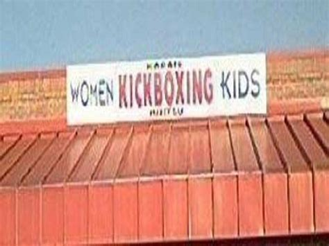terrible names 10 businesses with terrible and hilarious names