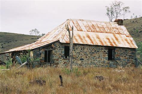 cobb  stone house australia house  farm houses