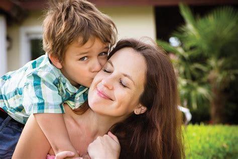 imagenes personas felices 10 h 225 bitos que hacen las personas felices bekia salud