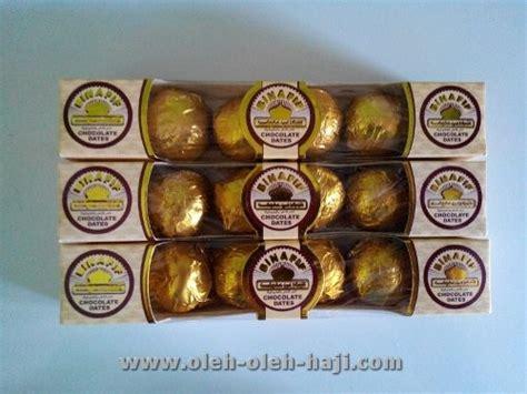 Kurma Lapis Coklat Deli Coco Oleh Oleh Haji Umroh macam macam coklat arab