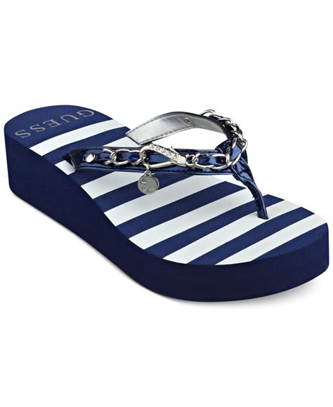 Lu Hias Flip Flop lyst guess ericalu platform flip flops in blue