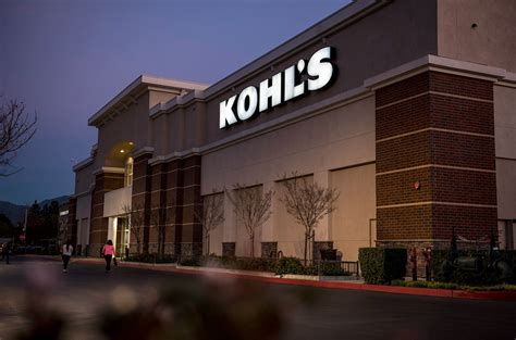 kohls christmas gifts kohl s is staying open for 170 hours before money