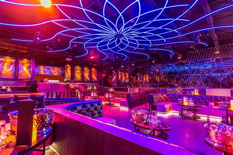 top bars in miami ten best miami nightclubs miami new times