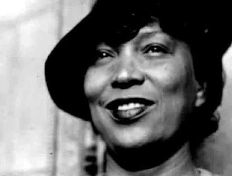 biography of zora neale hurston african american history famous authors zora neale
