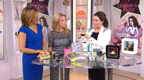 bobbie thomas shares go to holiday gift ideas today com