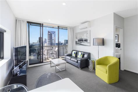 2 bedroom accommodation melbourne cbd accommodation melbourne apartments 2 bedroom www
