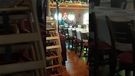 woman going to bathroom woman caught going to the bathroom in a restaurant youtube