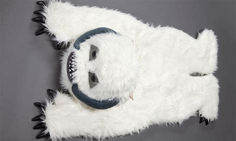 wompa rug wa plush throw rug can keep you warm on hoth entertainment earth news