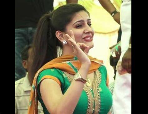 sapna choudhary big boss bigg boss 11 sapna choudhary shows her haryanvi avatar to