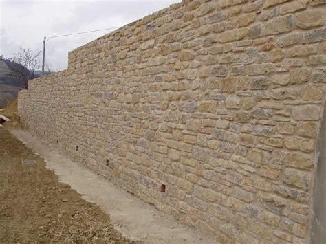 muro pietra interno in pietra in pietra with in pietra muretto giardino
