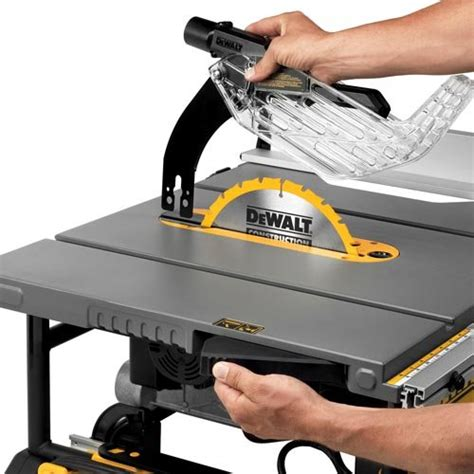 dewalt dwe7491rs 10 inch jobsite table saw with 32 1 2