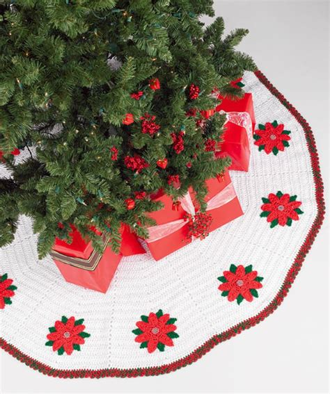 free crochet pattern for xmas tree skirt 17 best images about crochet christmas tree skirt patterns
