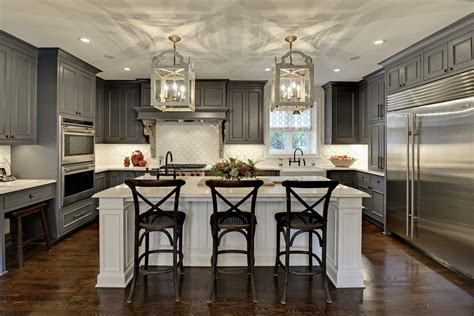 Traditional Kitchen Island Lighting Cherry Oak Cabinets For The Kitchen Ideas