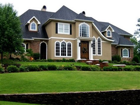 good exterior house colors tips on choosing the right exterior paint colors for