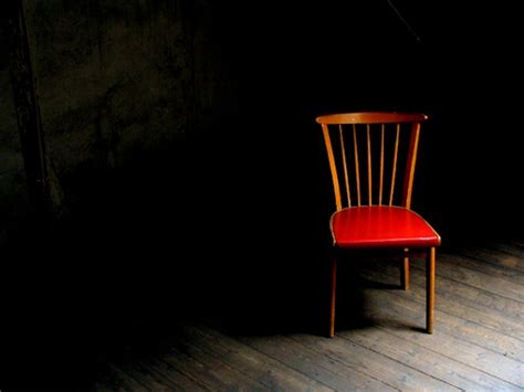 empty couch sam harris still arguing with the empty chair shadow to
