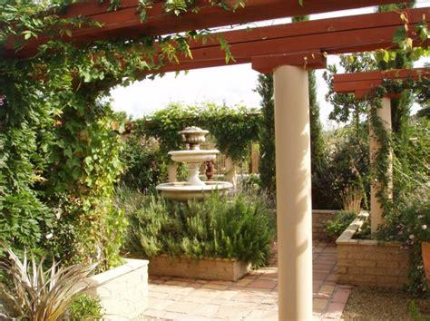 Pflanzen Italienischer Garten by Wie Gestalte Ich Meinen Garten Im Italienischen Stil