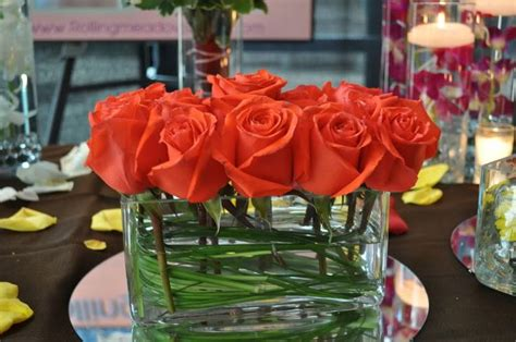Rectangular Vases For Centerpieces by Roses In Rectangle Vase Flowers 10 06 12