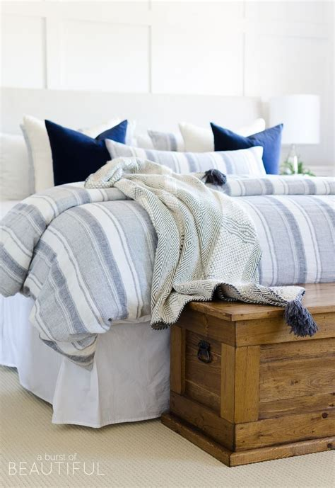 bedroom pillow storage 37 best images about bedding on pinterest modern