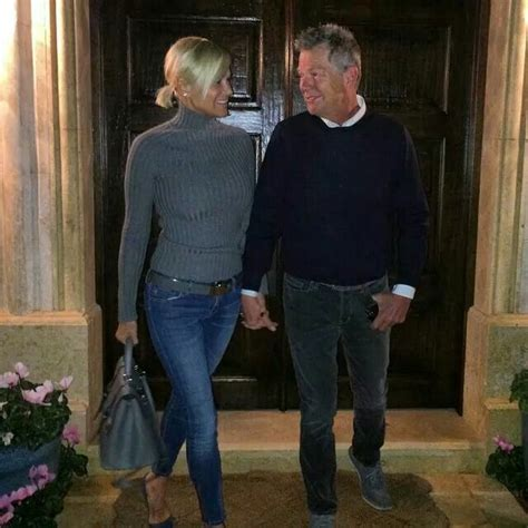 what jeans does yolanda foster wear sweater jeans and heels fall style pinterest